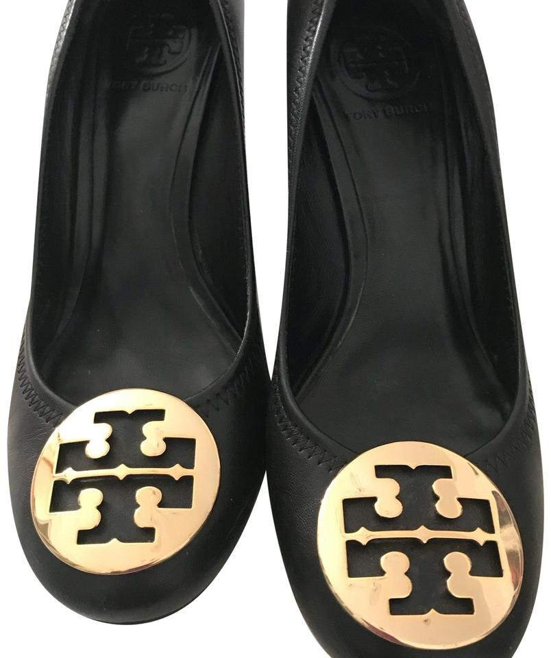 c320acb2978e Tory Burch Perfect Black Chelsea Wedge Medallion Pumps Size US 8.5 ...