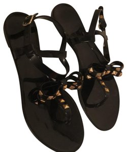 Chinese Laundry black with gold accents Sandals