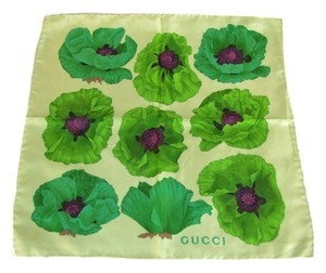 Gucci Authentic Gucci Green Floral SIlk 16