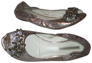 Vera Wang Lavender Label Leather Crystal Snakeskin Peep Toe pewter Flats