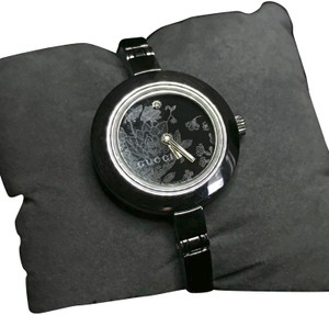 a7ede6d2c24 Gucci Silver 105 Series Black Faced Flower Watch - Tradesy