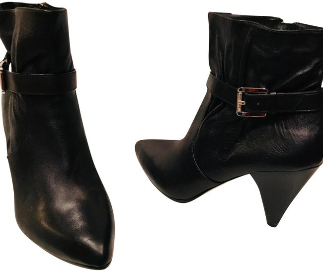 Item - Black Leather Ankle M Boots/Booties Size US 7 Regular (M, B)
