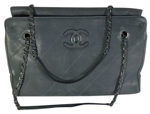 a60e71da4453 Chanel Bags - 70% - 90% off at Tradesy (Page 128)