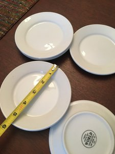 Bloomingdale's White Set Of 6 Salad Plates Casual China
