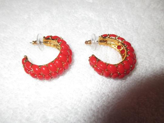 Kenneth Jay Lane New KJL Red Beaded Hoop Earrings Signed with Pouch Image 1