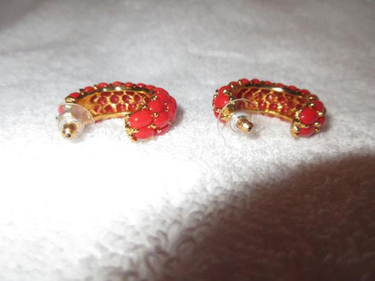 Kenneth Jay Lane New KJL Red Beaded Hoop Earrings Signed with Pouch Image 3