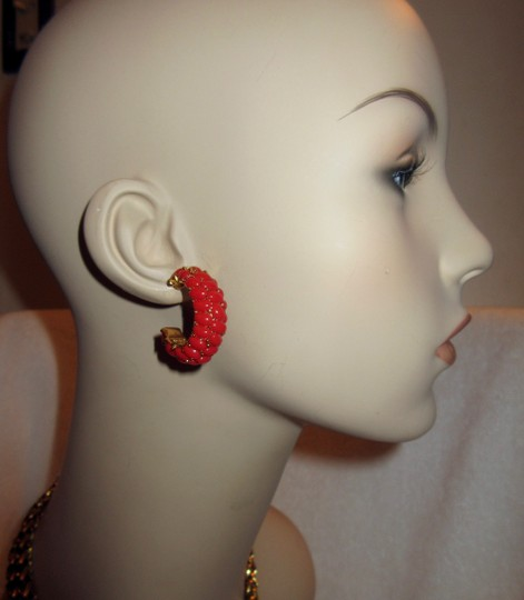Kenneth Jay Lane New KJL Red Beaded Hoop Earrings Signed with Pouch Image 4