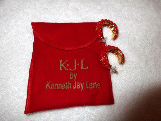 Kenneth Jay Lane New KJL Red Beaded Hoop Earrings Signed with Pouch Image 9