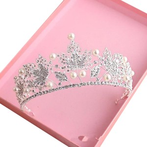 Other Stunning Shiny Full Crystal Beads Pearl Maple Leaf Bridal Tiaras Wedding Crown