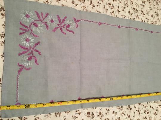 Embroidered Table Runner Tablecloth Image 1