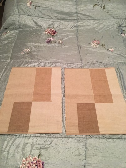 Crate & Barrel Set Of 2 Placements Tablecloth Image 2