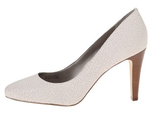 Tahari Leather Stacked Heel Comfort White Pumps