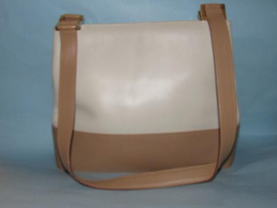 Salvatore Ferragamo Mint Vintage Dressy Or Casual Bucket Bag/Satchel Grear For Everyday Satchel in color block in white and taupe leather Image 1