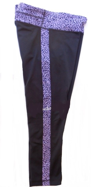 Under Armour Under Armour 1279070 Reflect Fitted Compression Capri Black/Purple M Image 1