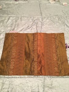 Anthropologie Set Of 2 Silk Incerts Embroidered Placements Tablecloth