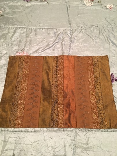 Preload https://img-static.tradesy.com/item/22876749/anthropologie-set-of-2-silk-incerts-embroidered-placements-tablecloth-0-0-540-540.jpg