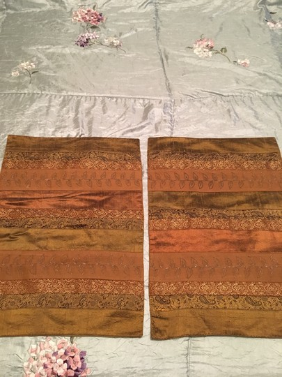 Anthropologie Set Of 2 Silk Incerts Embroidered Placements Tablecloth Image 1