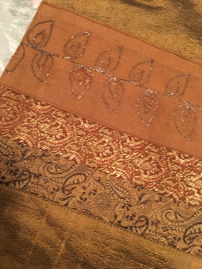 Anthropologie Set Of 2 Silk Incerts Embroidered Placements Tablecloth Image 2