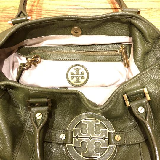 Tory Burch Satchel in army green Image 4