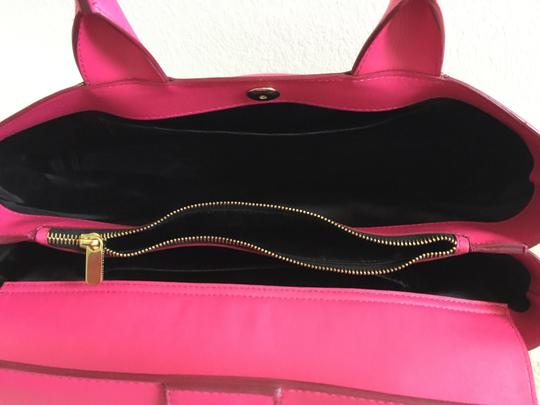 Roland Mouret Tote in Royal Fuchsia Image 7