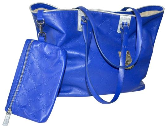 Preload https://img-static.tradesy.com/item/22877151/longchamp-cuir-and-pouch-new-cobalt-blue-leather-tote-0-1-540-540.jpg