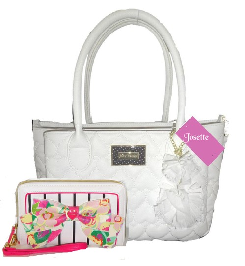 Preload https://img-static.tradesy.com/item/22877283/betsey-johnson-triple-entry-quilted-heart-fabric-flower-pom-pom-satchel-wallet-white-faux-leather-sa-0-0-540-540.jpg