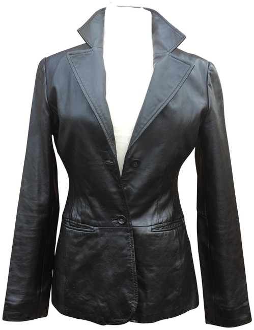 Preload https://img-static.tradesy.com/item/22877405/old-navy-black-long-sleeve-notched-collar-leather-jacket-size-6-s-0-1-650-650.jpg