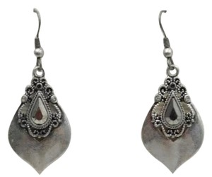 Lia Sophia Antique Silver Posh Earrings Lia h Sophia earrings