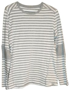 MICHAEL Michael Kors T-shirt Size Large Long Sleeve T Shirt White and grey