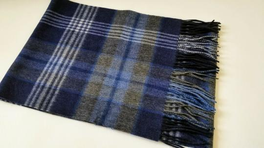 Saks Fifth Avenue NEW boxed 100% Cashmere Wool Fringe Soft Scarf Exploded Plaid Scarf Image 2