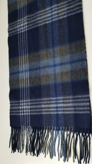 Saks Fifth Avenue NEW boxed 100% Cashmere Wool Fringe Soft Scarf Exploded Plaid Scarf Image 3