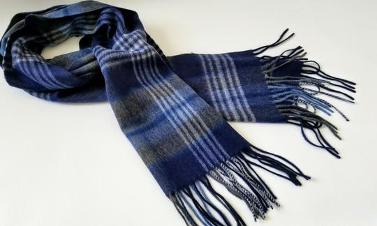 Saks Fifth Avenue NEW boxed 100% Cashmere Wool Fringe Soft Scarf Exploded Plaid Scarf Image 4