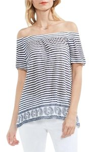 Vince Camuto Top navy white