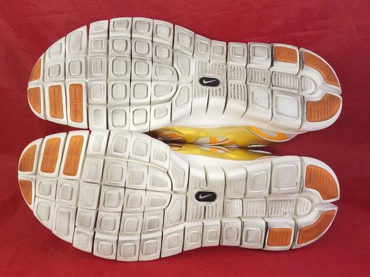 Nike gold and beige Athletic Image 5