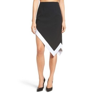 Kendall + Kylie Skirt black white