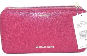 Michael Kors Mk Leather Cosmetic 190049797679 Wristlet in Cherry