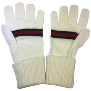 Gucci white gloves ipong