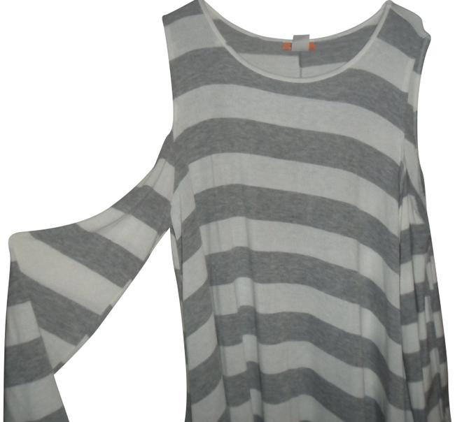 Preload https://img-static.tradesy.com/item/22879324/new-cold-shoulder-jersey-4x-blouse-size-28-plus-3x-0-1-650-650.jpg