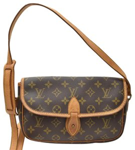 Louis Vuitton Gibeciere Rare Shoulder Bag
