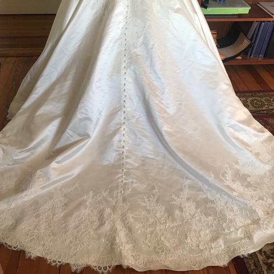 Allure Bridals Ivory Satin and Lace Tulle Gown Feminine Wedding Dress Size 16 (XL, Plus 0x) Image 4
