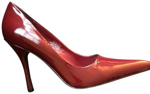 Type Z Red Patent Pumps