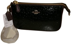 Coach Patent Leather Handbag Wristlet in Black/Oxblood