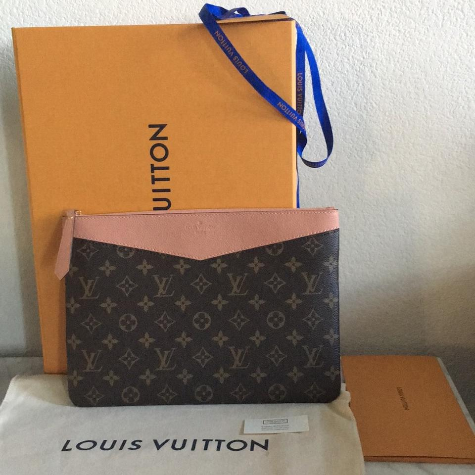 28e945dc76 Louis Vuitton Monogram Peach Daily Pouch Wallet