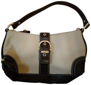 cd29ba69b8 Chaps Purse Leather Other Materials Shoulder Bag