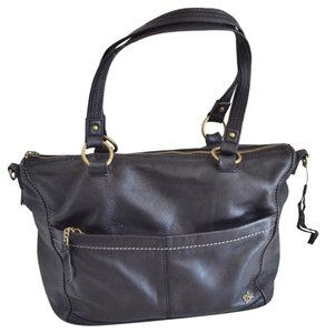 The Sak Tote in black