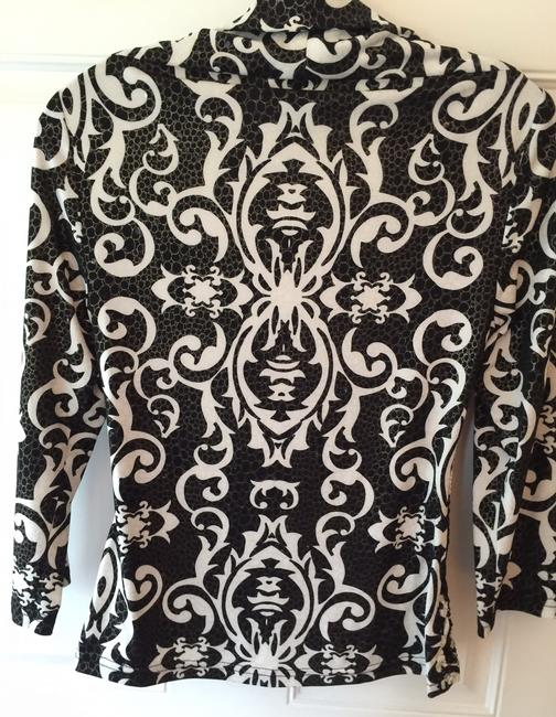 Joseph Ribkoff Size 8 And Pull Over Attatched Jacket Top Black & White