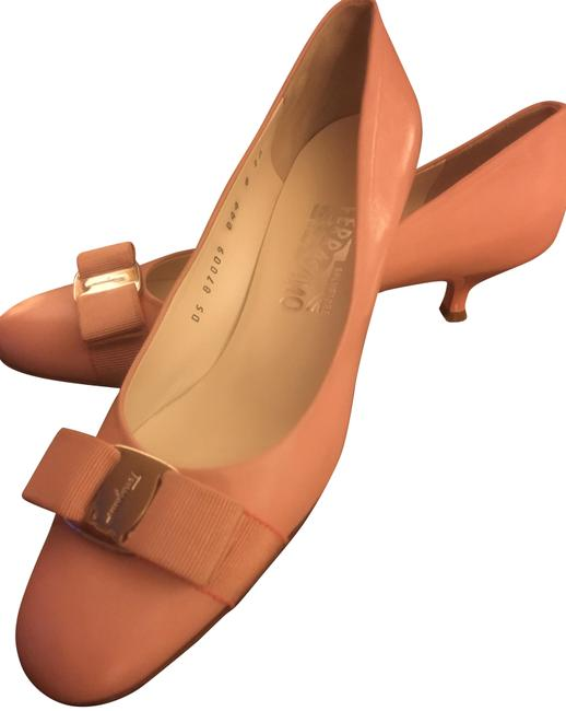 Item - Pink Pumps Size US 8 Narrow (Aa, N)