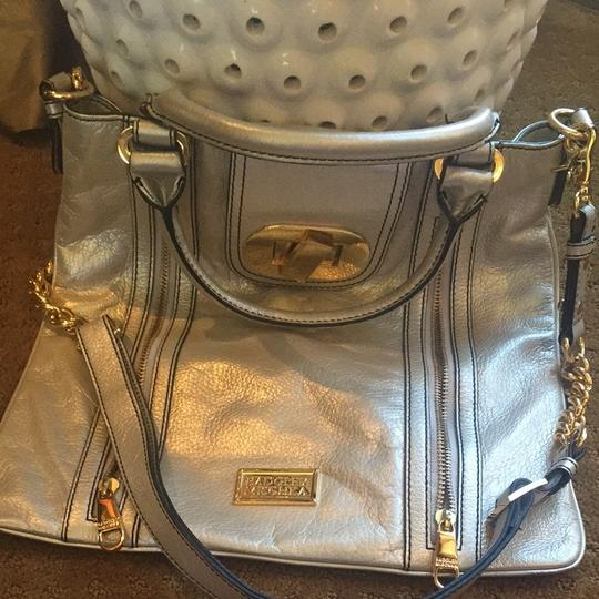 Badgley Mischka Tote in Silver/gold Image 3