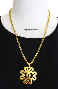 Chanel Authentic Vintage .Chanel Gold Plated Necklace Pendant