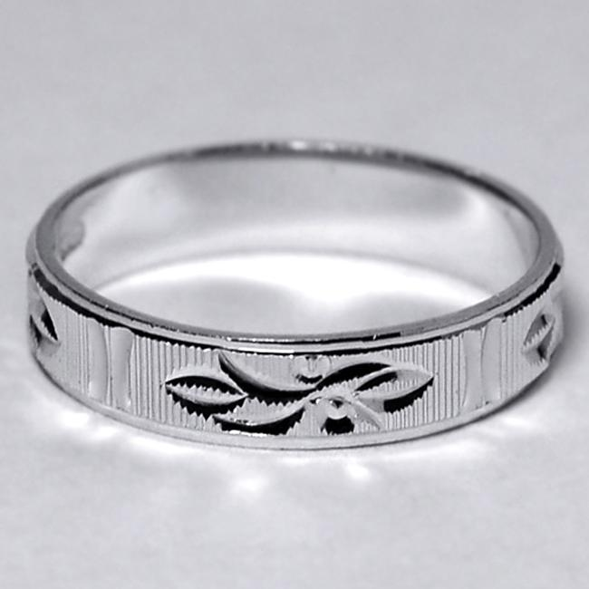 Item - Silver 925 Sterling Comfort Fit His Ring Diamond Cut Ornate Pattern 4.1mm Men's Wedding Band